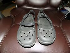 Crocs Black Traditional Mary Jane Shoes Back Strap Size 6 Women's EUC