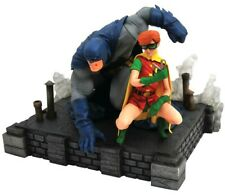 Dc Gallery Frank Miller Dark Knight Returns Batman & Robin Carrie Kelly Statue
