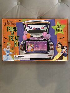 Disney Princess 200 pc trunk or treat decorations kit