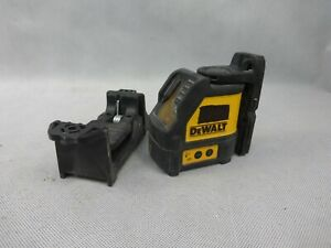 Dewalt DW088CG Green Cross Line Laser Level Used Condition With Carry Case