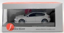 Altri modellini statici di veicoli bianchi con scatola chiusa per Subaru