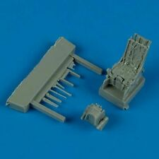Quickboost 1/72 Sukhoi Su-27 Ejection Seat with Safety Belts ##