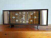 Retro mechanical alarm clock by Coral