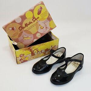 Vintage patent leather toddler girls shoe