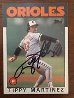 TIPPY MARTINEZ 1986 TOPPS AUTOGRAPHED SIGNED AUTO BASEBALL CARD 82 ORIOLES