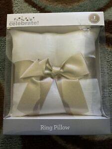 Way To Celebrate Wedding Ring Pillow Holder New In Box White & Gold