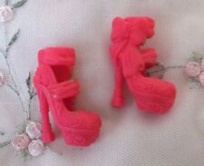 Monster High Doll    Replacement Shoes   HOT PINK