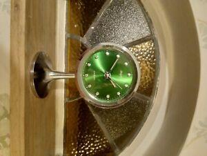 vintage rhythm pedestal alarm clock