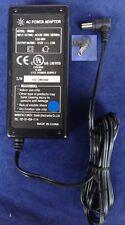 Caricabatterie Originale SUNLIN SR858 E220050 1LW0 12V 2A 5.5mm/2.1mm