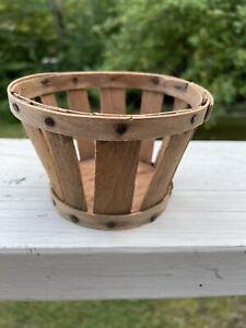 Shaker Wooden Slat Berry Basket