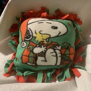 Snoppy Blanket Christmas Pillow Handmade  Red Green Snoopy Pillow