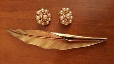 Pair Earrings Pearls Gold Tone Vintage Jewelry Trifari Brooch and Trifari
