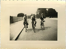 PHOTO ANCIENNE - VINTAGE SNAPSHOT - VÉLO BICYCLETTE CYCLISTE GROUPE MODE - BIKE