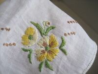 Vtg 50s Square Linen HANDKERCHIEF Hankie Yellow Hand Embroidery PANSY Flowers