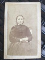 1800's Antique Cabinet Photo ILLINOIS Smiling Sweet Woman