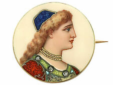 Enamel and 18Carat Yellow Gold Brooch - Antique French Circa 1900