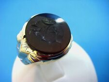 !EXQUISITE MEN'S VINTAGE ONYX CAMEO IN YELLOW GOLD RING, 5.7 GRAMS, SIZE 10.5