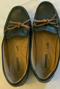 Clarks Collection Soft Cushion boat Leather Loafer Women's Slip On Shoes 7m