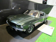 FORD MUSTANG GT BULLITT 1968 + FIGURINE S.MCQUEEN o volant 1/18 GREENLIGHT 12938