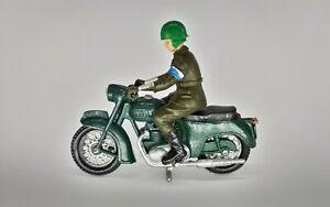 Vintage Britains 9698 Triumph Speed Twin Army Dispatch Rider- Unboxed 1:32
