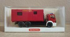 Wiking 6250138 Feuerwehr Mercedes Benz MB 2528 Atego Abrollbehälte H0 Atemschutz