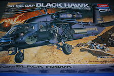 Academy 2217 - AH-60L DAP Black Hawk  scala 1/35