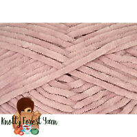 Bella Chenille Universal Yarn BLUSH PINK #6 Super Bulky 131yd 100gr Baby Soft