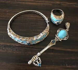 Gems en Vogue Rare Turquoise And London Blue Topaz Jewelry set