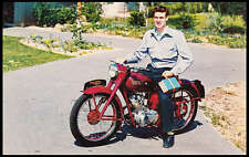 VINTAGE TRIUMPH MOTORCYCLE FACTORY PROMO POSTCARD BROCHURE 150cc TERRIER NOS