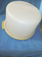 "Tupperware 9"" Cake Storage Harvest Gold/White 684"