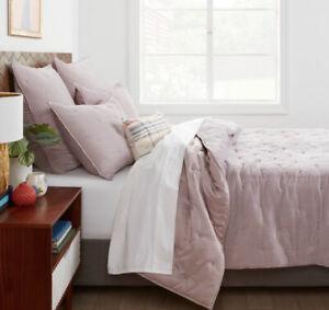 New Opalhouse Tufted Velvet Stitch Quilt King Lilac  HTF