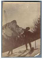 France, Ascension sur la montagne  Vintage citrate print. Groupe de spéléologues