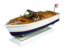 Modellboot eines amerikanischen Motorboots aus Holz Modellmotorboot Modellschiff