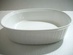 Corning Ware F-2-B French White Oval Ribbed Casserole Dish 2.8 Liters 2.5 Quart