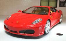 Véhicules miniatures jaune sous boîte fermée pour Ferrari