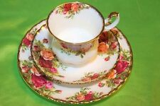 TAZZA TRIO CAFFE' ROYAL ALBERT OLD COUNTRY ROSES ENGLAND (402)