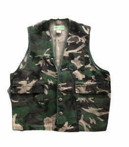 Game Winner Sportswear ~ Men's Camouflage Hunting Vest ~ Pockets ~ Mens Size XL