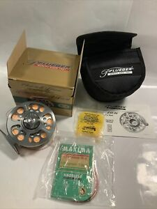 Pflueger Trion 1978 Fly Reel w/ Box & Case CLEAN