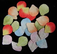Embellishments Craft Pack of 25 Delicately Coloured Paper Petals - Free UK P&P