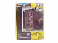 Townhouse Building HO Kit - DPM Landmark Structures #10900