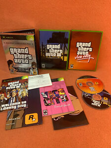 Grand Theft Auto III & Vice City XBOX Double Pack Collection Poster & Maps CIB