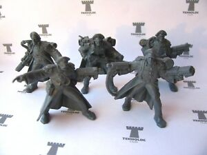 Space Pirates - 5 Figures Sci-Fi 54mm Soft plastic Tehnolog Russian Toy Soldiers