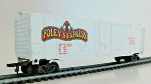 Bachmann - 50' Plug Door Box Car - Foley's Express 115445 - HO