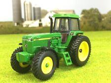 1/64 ERTL JOHN DEERE 4960 4WD TRACTOR