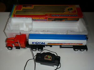 Vintage PLAYWELL SUPER TRAILER TRUCK EXXON HAPPY MOTORING RC REMOTE CONTROL