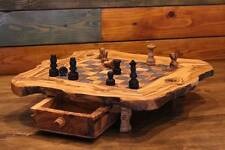 A handcrafted olive wooden Chess board S,jeux d`echecs en bois d`olivier