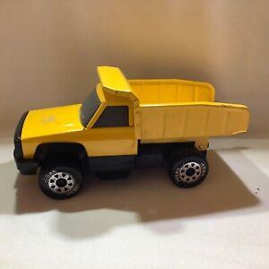 Tonka Hasbro Yellow Pickup Dump Truck  1:12 scale