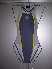 Nike Damen Badeanzug Schwimmanzug tiefer Rücken grau gemustert Grösse 36 neu