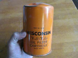 NOS Wisconsin RV38 Oil Filter