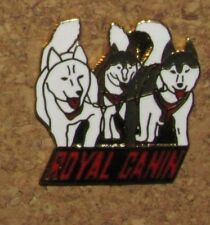 D17 PIN PINBACK ANIMAL CHIEN DOG PATOU NO13 ROYAL CANIN VERY RARE